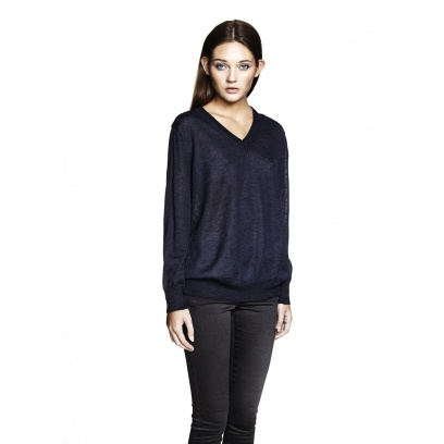 THE MOHAIR DEEP V-NECK SWEATER